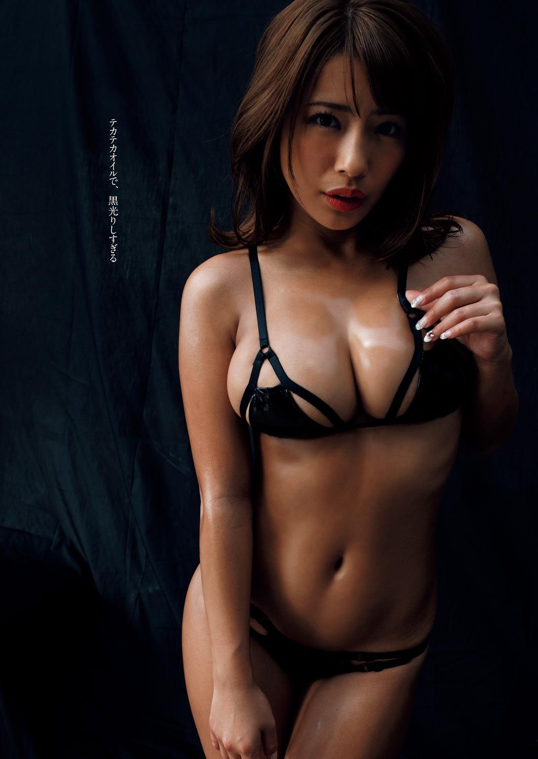 橋本梨菜(24)の手ブラヌード解禁!写真集エロ画像85枚・12枚目の画像