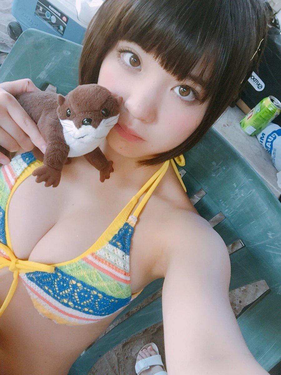 根本凪(19)GカップJKアイドルの水着グラビアエロ画像90枚・50枚目の画像