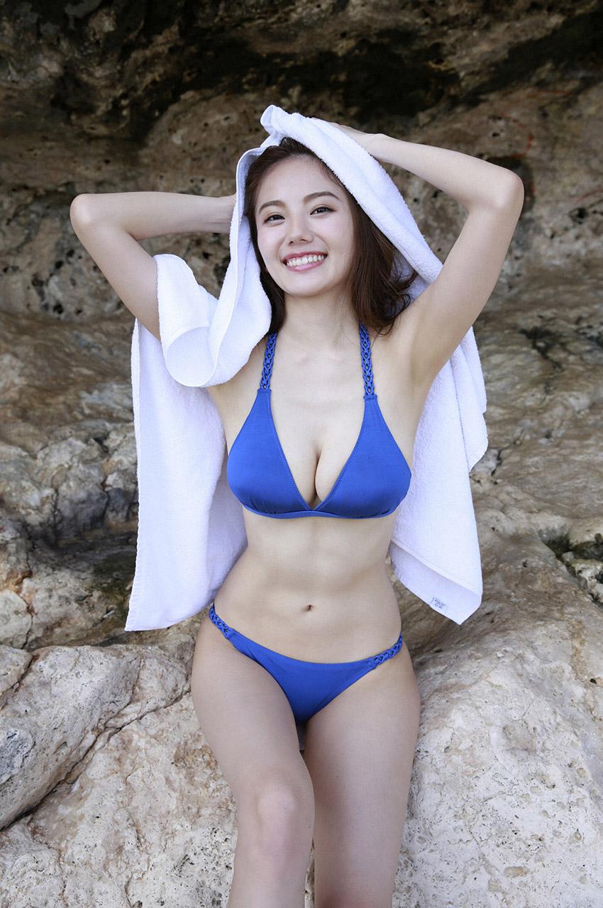 伊東紗冶子(23)Gカップキャスターの水着グラビア画像128枚・76枚目の画像