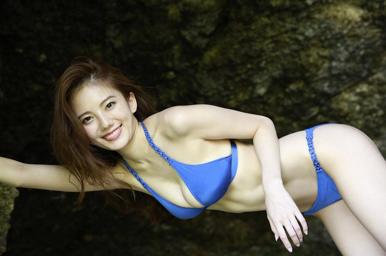伊東紗冶子(23)Gカップキャスターの水着グラビア画像128枚・77枚目の画像