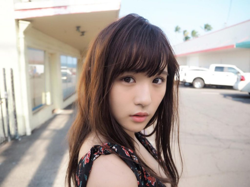浅川梨奈(18)の最新写真集グラビア等!抜けるエロ画像170枚・105枚目の画像