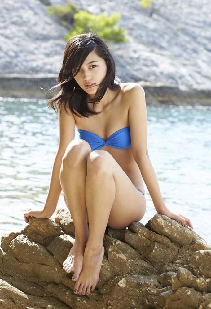川口春奈 ヌード写真集エロ画像40枚!泡風呂ヌード、水着、セクシーランジェリー姿のプリケツ具合がクッソエロいw・45枚目の画像