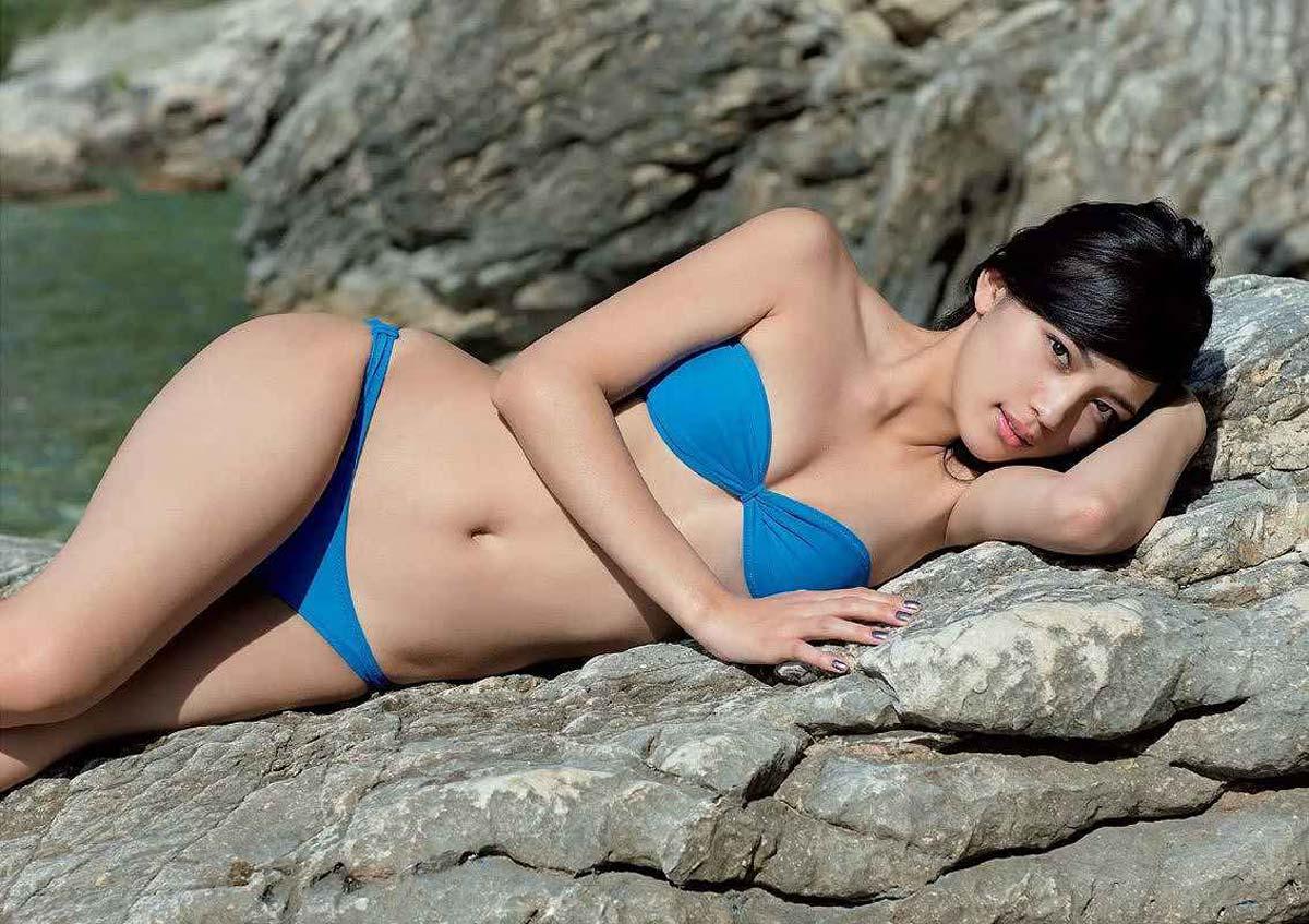 川口春奈 ヌード写真集エロ画像40枚!泡風呂ヌード、水着、セクシーランジェリー姿のプリケツ具合がクッソエロいw・46枚目の画像