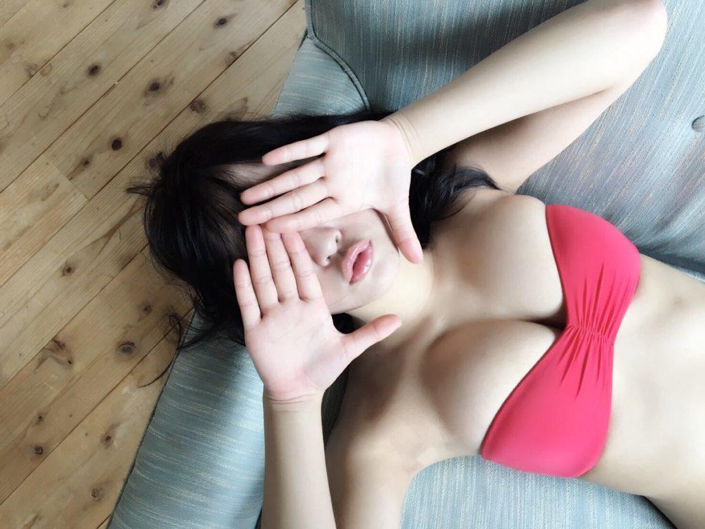 浅川梨奈(18)の最新写真集グラビア等!抜けるエロ画像170枚・113枚目の画像