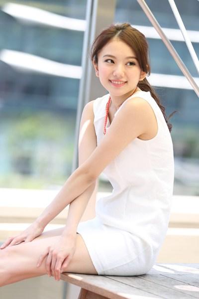 伊東紗冶子(23)Gカップキャスターの水着グラビア画像128枚・89枚目の画像