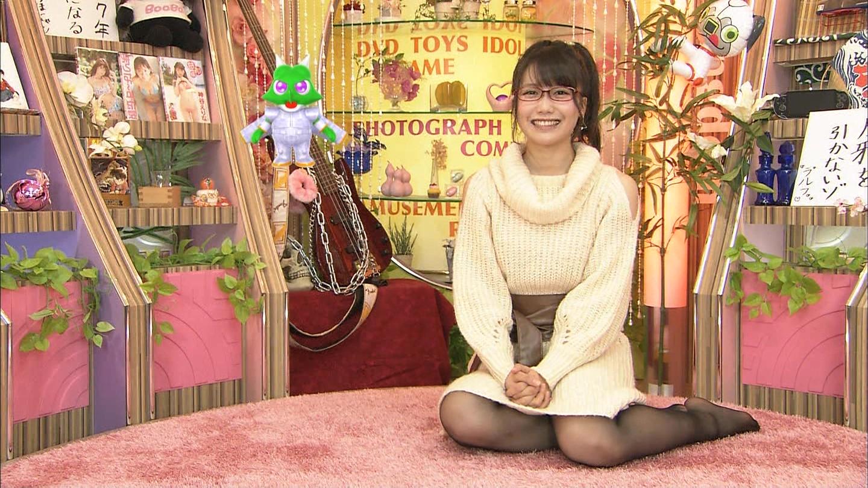 加藤里保菜 ランク王国メガネ美少女エロ画像61枚!疑似フェラに美乳おっぱいがけしからんエロさwww・60枚目の画像