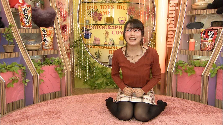 加藤里保菜 ランク王国メガネ美少女エロ画像61枚!疑似フェラに美乳おっぱいがけしからんエロさwww・67枚目の画像