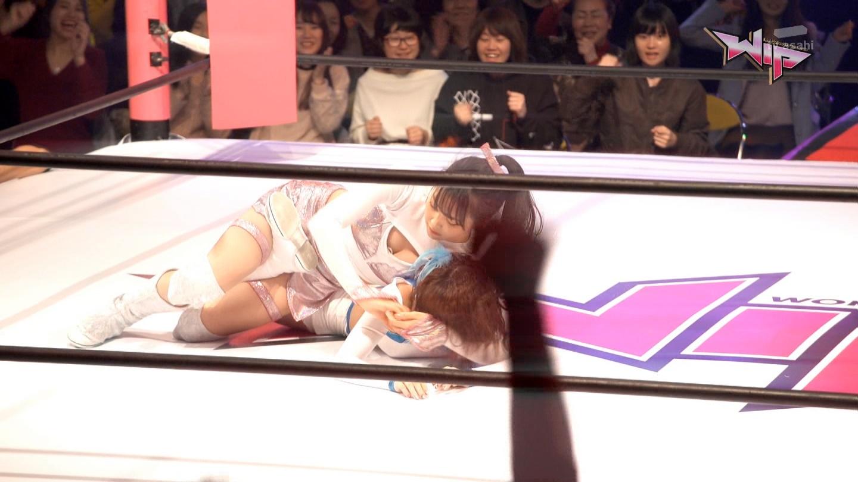 AKBプロレスドラマ エロ画像96枚!松井珠理奈のマンスジ、白間美瑠の胸チラ、高柳明音の乳首ポッチetc…・98枚目の画像