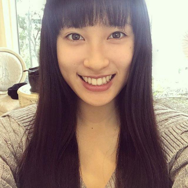 土屋太鳳(22)のアイコラ・胸チラ・グラビア…etcエロ画像80枚・35枚目の画像