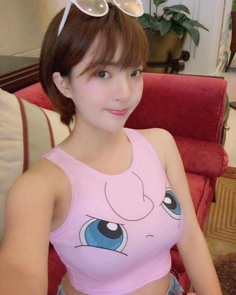 韓国アイドル級美女の自画撮りエロ画像23枚・4枚目の画像