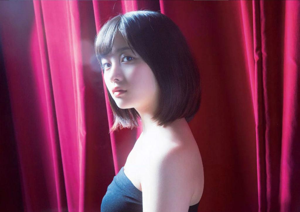 橋本環奈の週刊誌のグラビアエロ画像032
