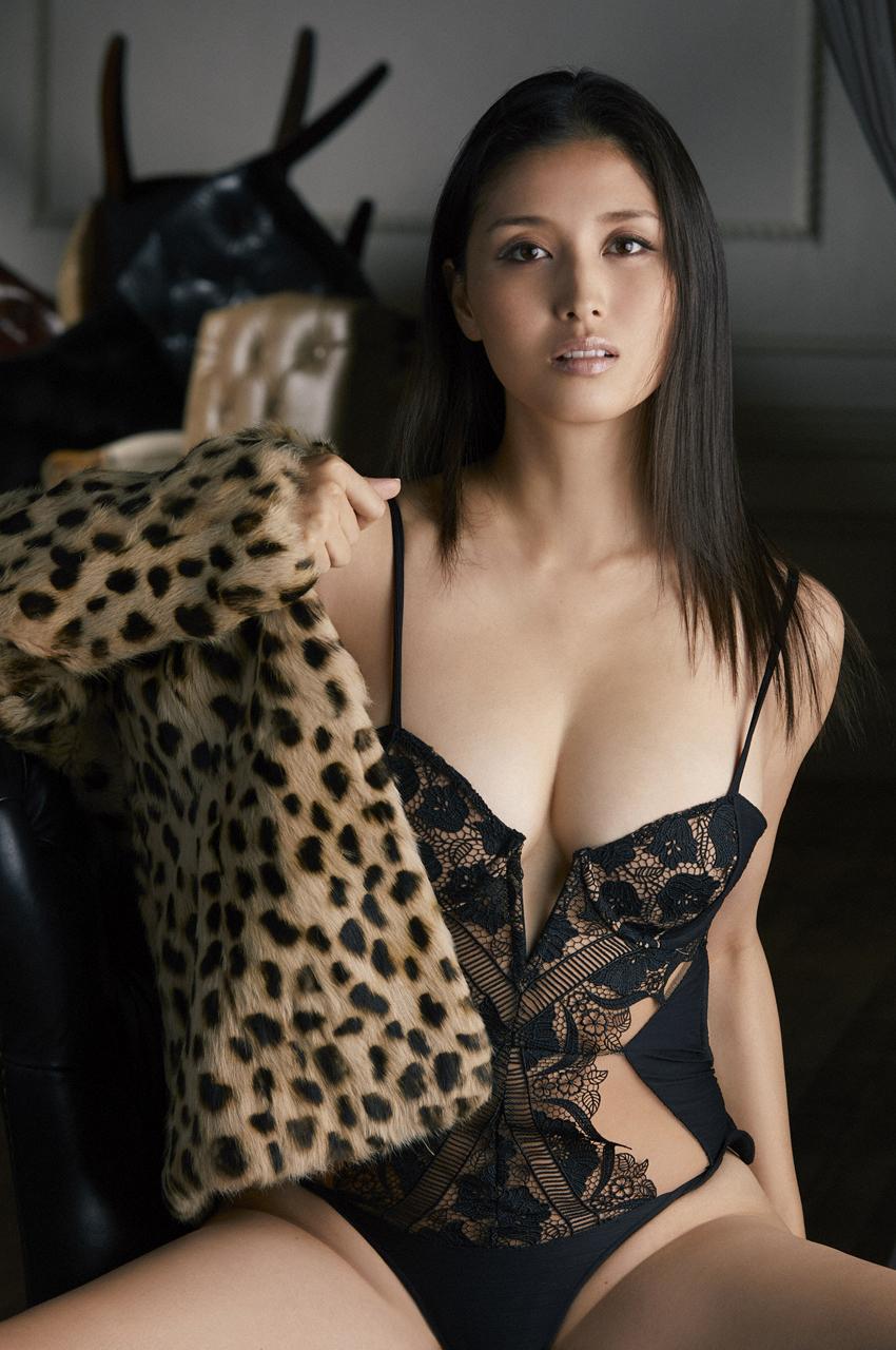 橋本マナミ(33)の全裸ヌード等!抜けるエロ画像147枚・76枚目の画像