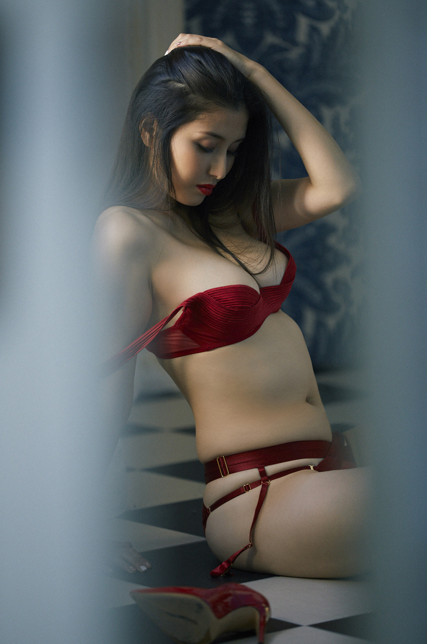 橋本マナミ(33)の全裸ヌード等!抜けるエロ画像147枚・78枚目の画像