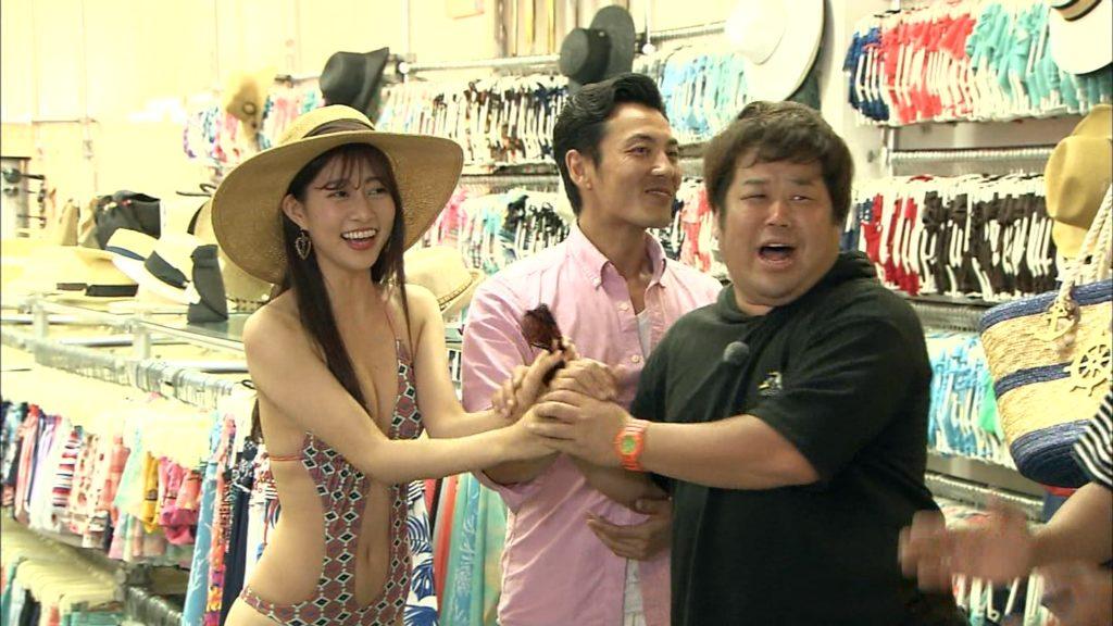 AKB阿部マリアが変態水着で胸チラにプリケツ丸見え放送事故28連発!・23枚目の画像