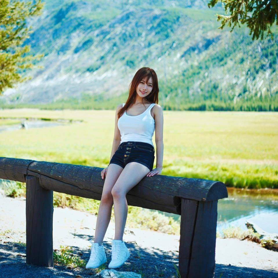 S級ランクの韓国美女(素人)の抜けるエロ画像まとめ30枚・36枚目の画像