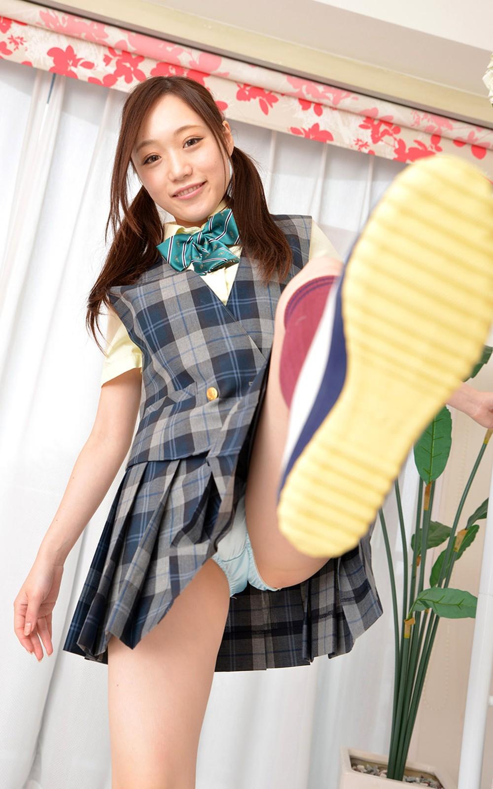 JKパンチラ!女子高生の制服姿のエロ画像32枚・40枚目の画像