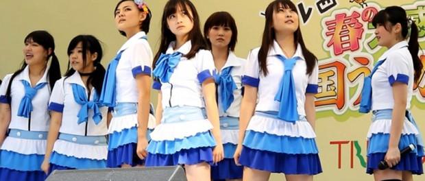 橋本環奈のアイドルグループ「Rev.from DVL」時代のエロ画像017