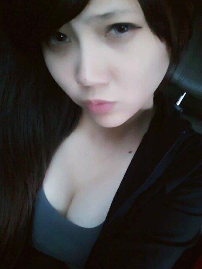 台湾美女の全裸自画撮りヌードエロ画像37枚・43枚目の画像