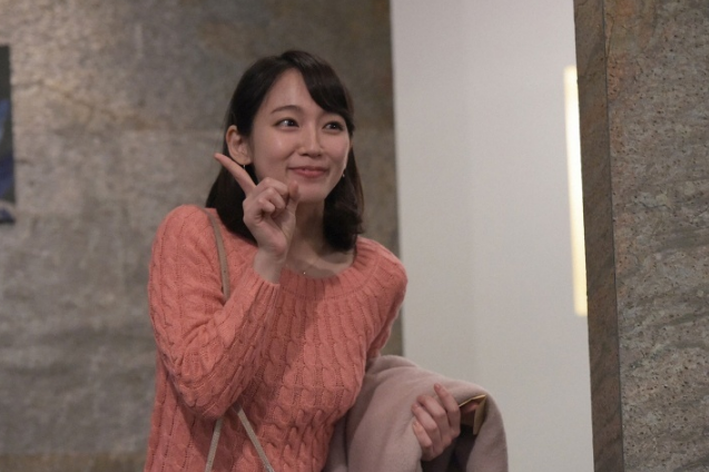 吉岡里帆 最新エロ画像60枚!巨乳清楚系であざといエロ女優!・1枚目の画像