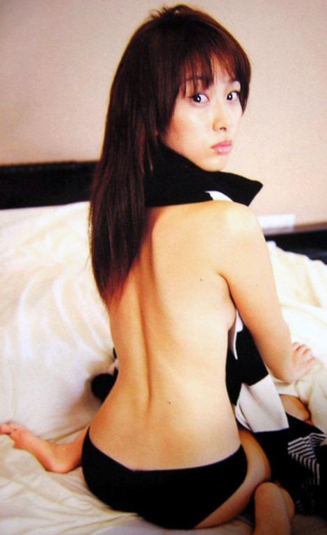 坂下千里子 ヌードエロ画像25枚!若かりし頃の水着姿が抜ける!・2枚目の画像