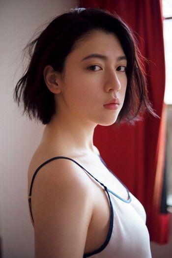 三吉彩花(21)の最新水着グラビア画像55枚・3枚目の画像