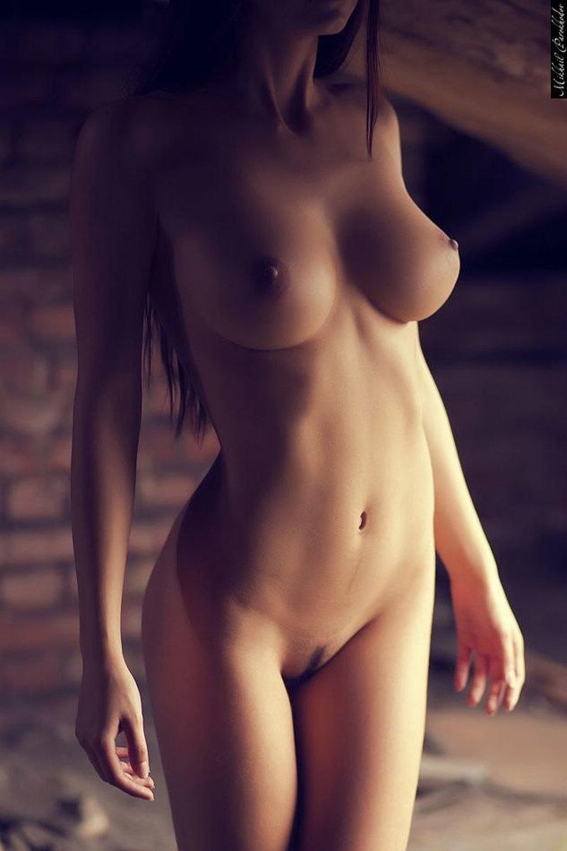 100%抜けるロシア美人モデルのヌードエロ画像40選・21枚目の画像