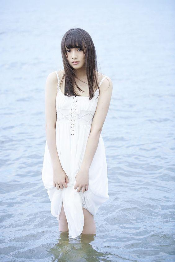 欅坂46渡辺梨加の写真集水着グラビア&アイコラエロ画像97枚・78枚目の画像