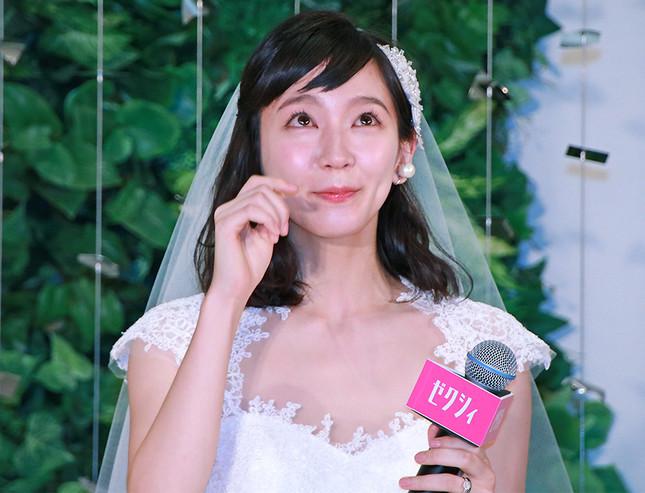 吉岡里帆 最新エロ画像60枚!巨乳清楚系であざといエロ女優!・5枚目の画像