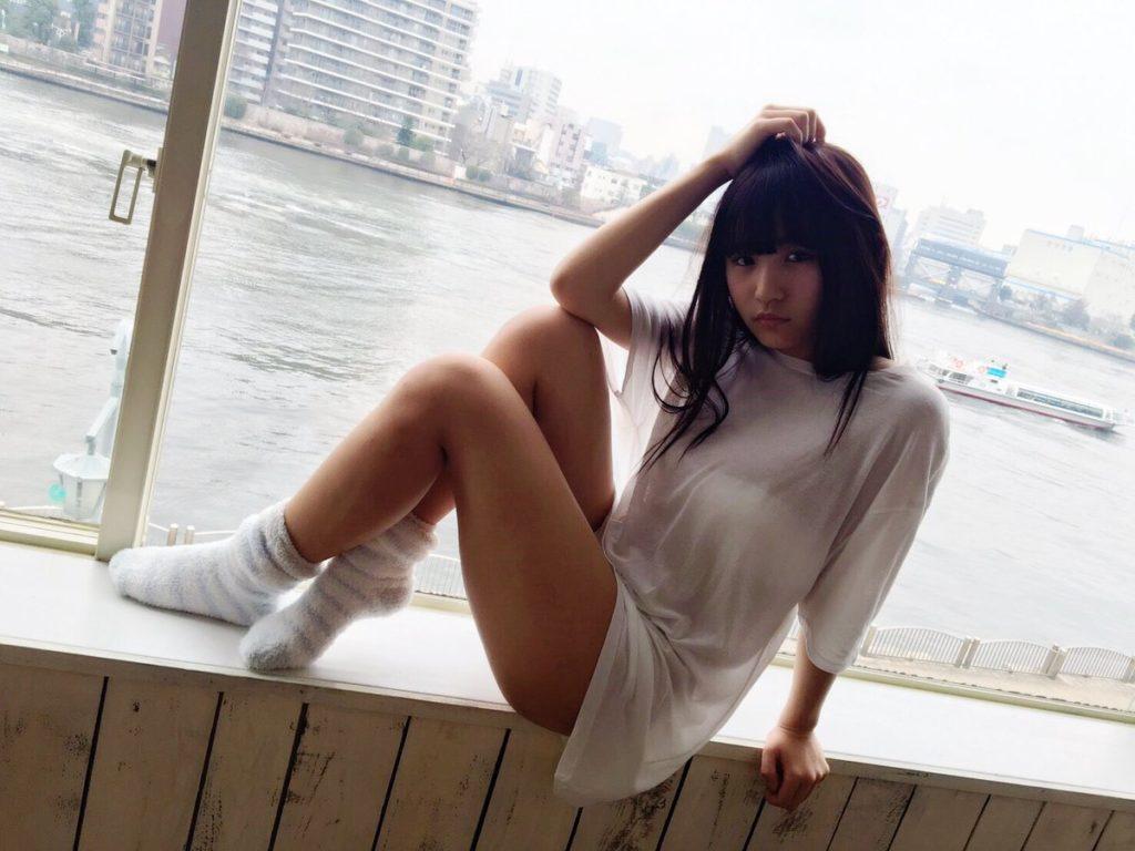 浅川梨奈の最新グラビアエロ画像7