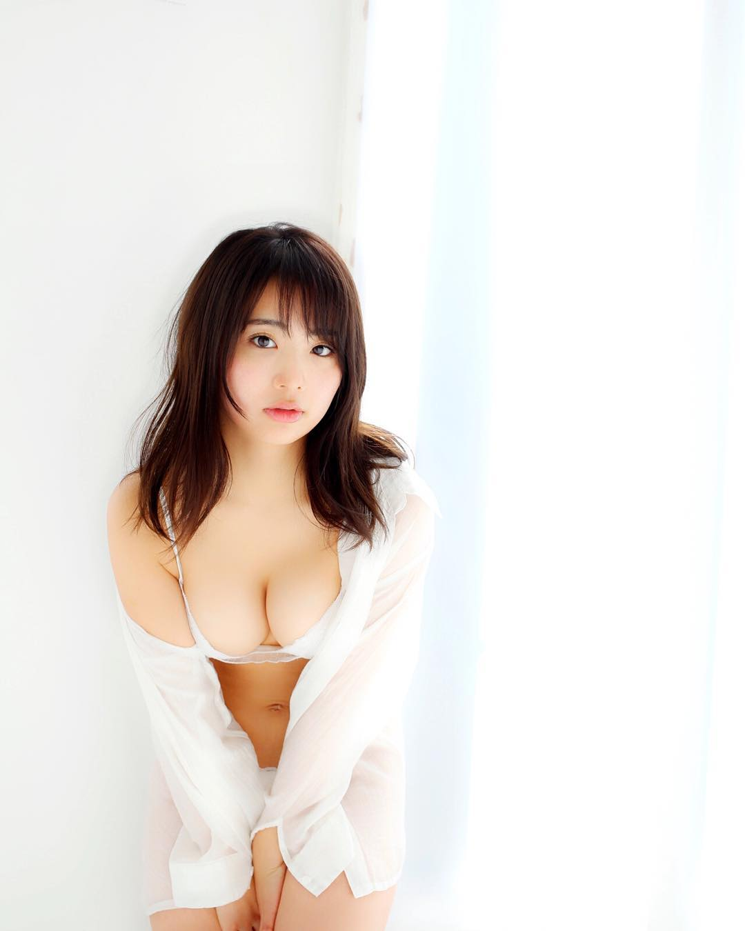 元AKB平嶋夏海(25)の手ブラヌード・写真集グラビア画像72枚・9枚目の画像