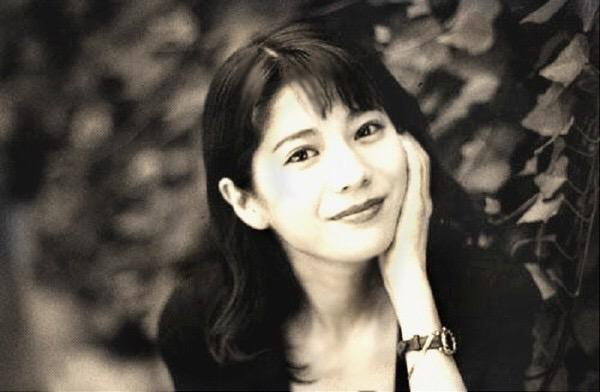 大石恵 マンスジ&水着エロ画像34枚!hydeの妻が美魔女系でぐうシコ!・9枚目の画像