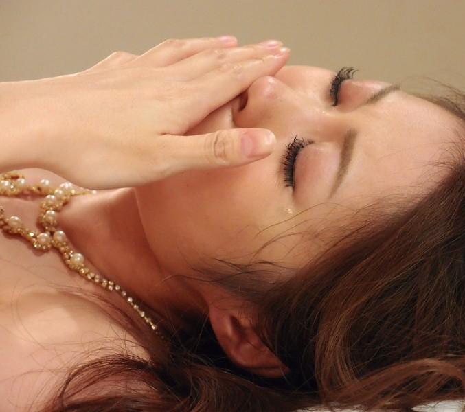AV強要!?ガチ泣きしてるAV女優のエロ画像24枚・10枚目の画像
