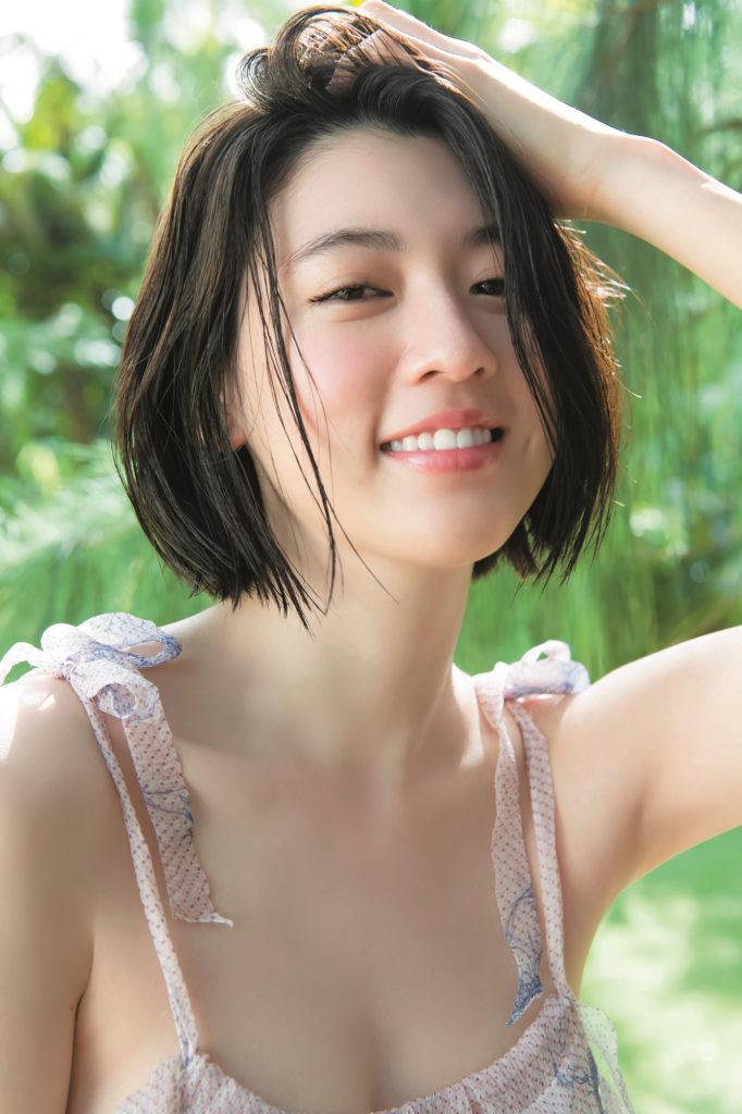 三吉彩花(21)の最新水着グラビア画像55枚・16枚目の画像