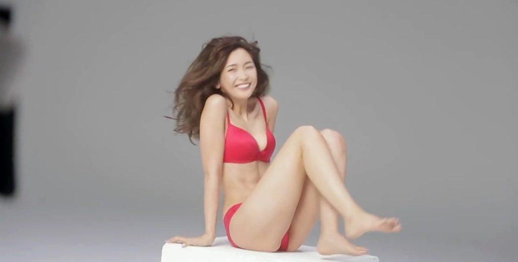 紗栄子(30)の最新インスタ水着&過去のお宝エロ画像30枚・12枚目の画像