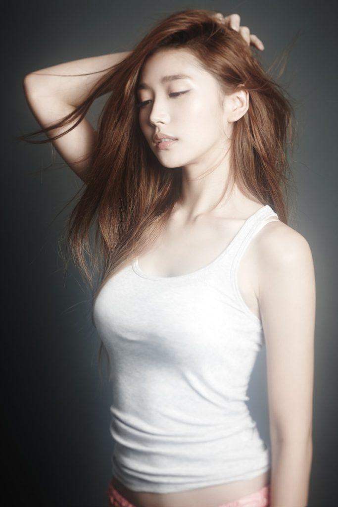 乳デカッ!韓国素人娘の着衣巨乳がけしからんエロ画像32枚・13枚目の画像