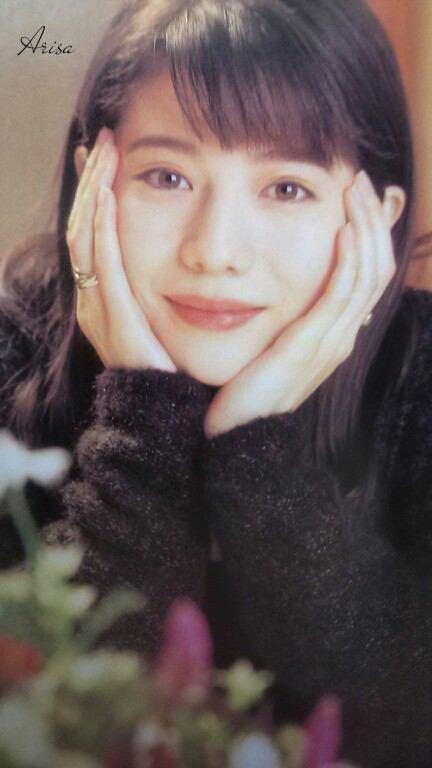 大石恵 マンスジ&水着エロ画像34枚!hydeの妻が美魔女系でぐうシコ!・16枚目の画像