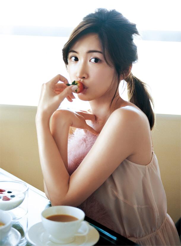 紗栄子(30)の最新インスタ水着&過去のお宝エロ画像30枚・16枚目の画像