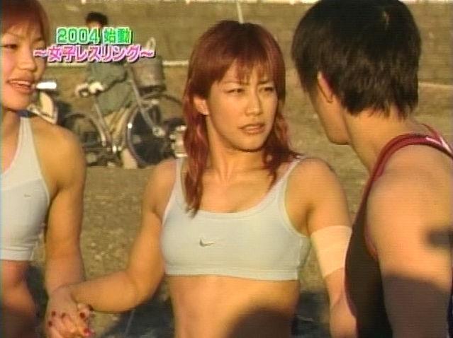 山本美憂(42)ヌード写真集エロ画像35枚!BBA・女子レスリング好き必見…・28枚目の画像