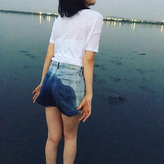 三吉彩花(21)の最新水着グラビア画像55枚・59枚目の画像
