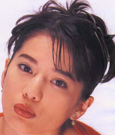 大石恵 マンスジ&水着エロ画像34枚!hydeの妻が美魔女系でぐうシコ!・21枚目の画像