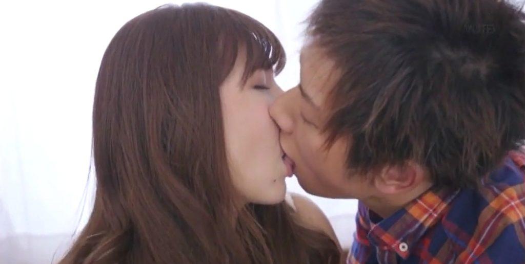 今井メロAVデビュー作のセックスエロ画像21