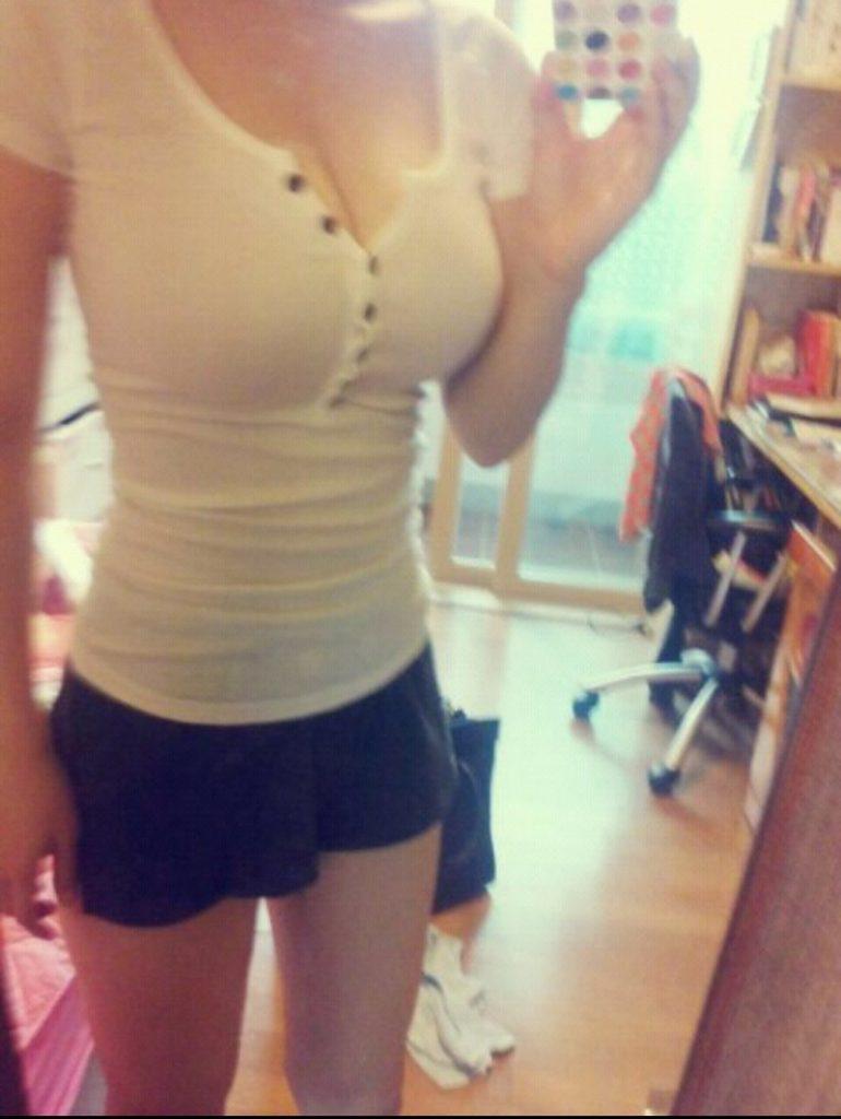 乳デカッ!韓国素人娘の着衣巨乳がけしからんエロ画像32枚・34枚目の画像