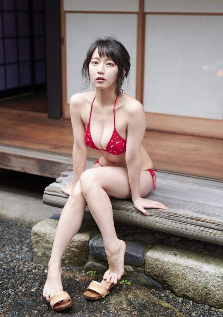 吉岡里帆 最新エロ画像60枚!巨乳清楚系であざといエロ女優!・48枚目の画像