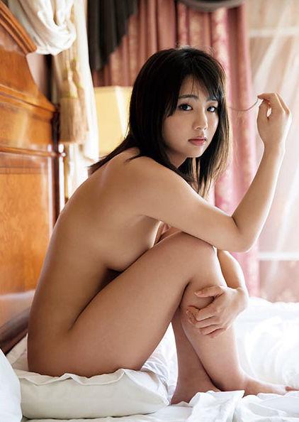 元AKB平嶋夏海(25)の手ブラヌード・写真集グラビア画像72枚・30枚目の画像
