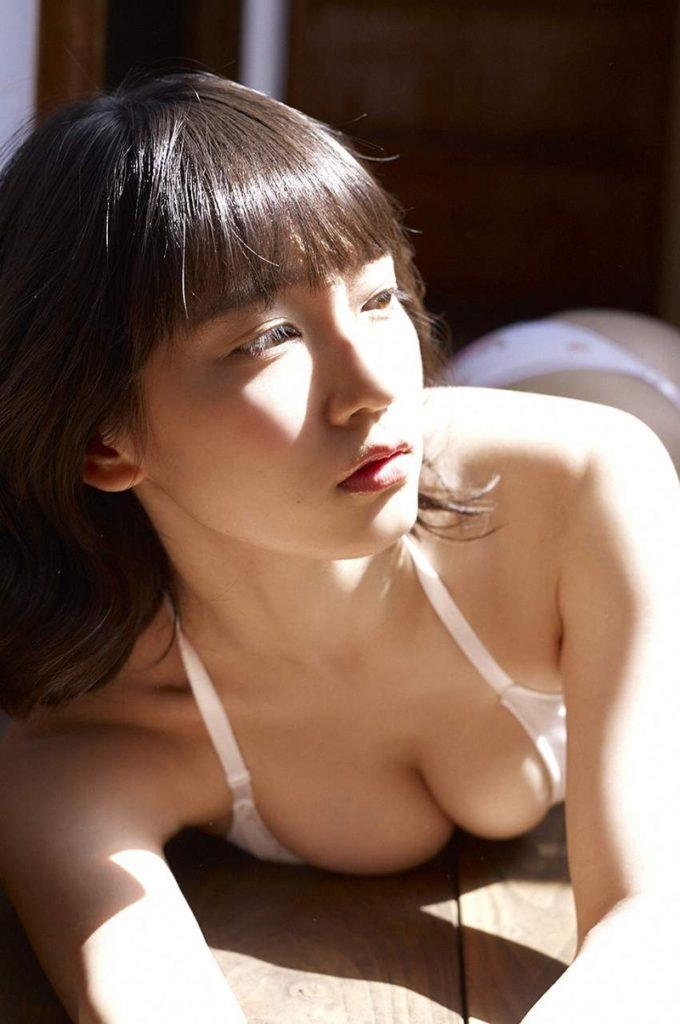 吉岡里帆 最新エロ画像60枚!巨乳清楚系であざといエロ女優!・56枚目の画像