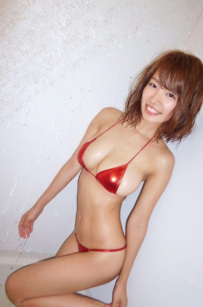 菜乃花の最新エロ画像100枚!アイコラ級のIカップグラビア!・102枚目の画像