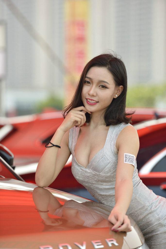 ストリップショーかな?台湾キャンギャルのエロ画像32枚・3枚目の画像