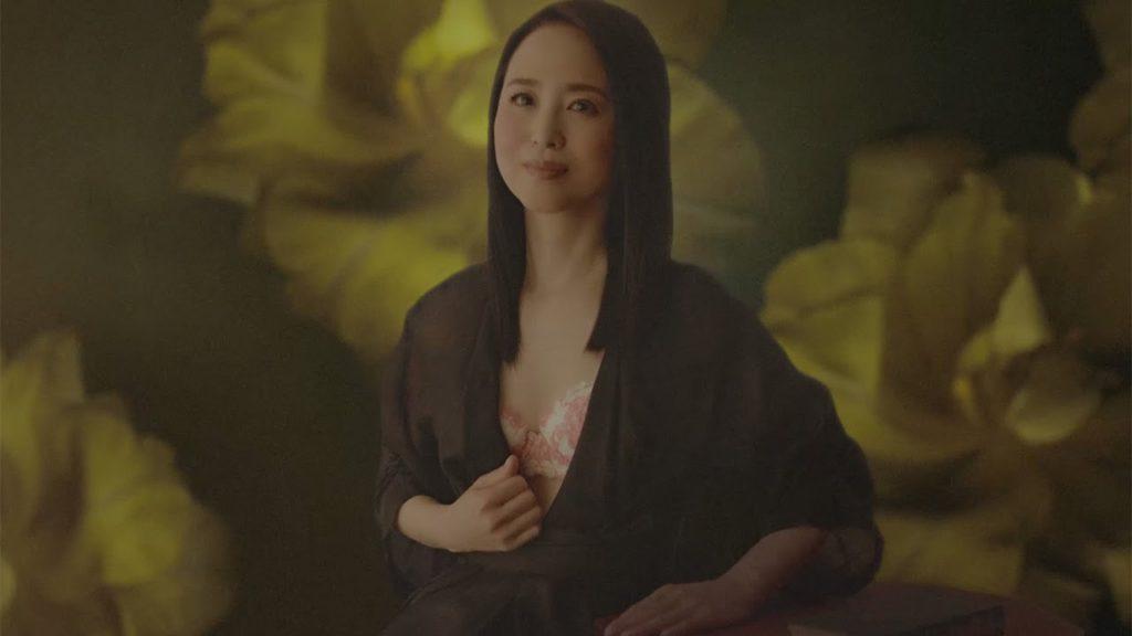 松田聖子(55)ヌード間近を匂わせるスケベ下着姿のエロ画像50枚・9枚目の画像