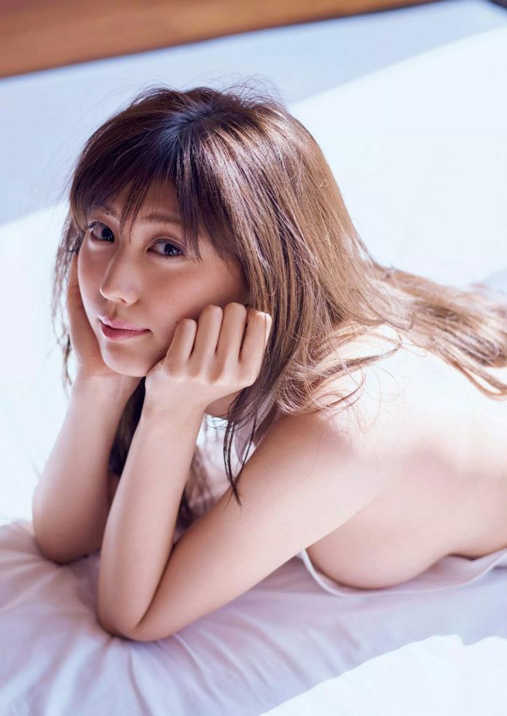 岩崎名美(20)Fカップ最新グラビアエロ画像32枚・10枚目の画像