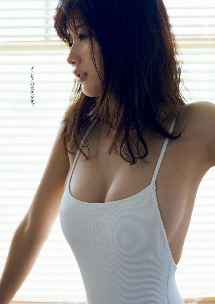 小倉優香の最新グラビアエロ画像14